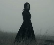 ปริศนาสาวชุดดำ