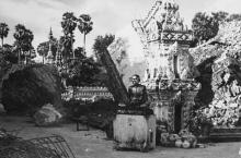 ยังจำได้ไหม!! 11 สิงหาคม วันครบรอบ พระธาตุพนมล้ม ภาพประวัติศาสตร์ที่หาดูไม่ได้เเล้ว!!