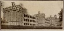 อดีตอันมืดมน โรงพยาบาลบ้า ป่าช้าที่ฝังร่างผู้ป่วยจิตเภทกว่า 7,000 ศพ!!