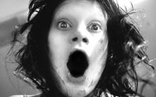 """ขนลุกซู่!! เปิดตำนาน """"สาวไร้อารมณ์"""" สุดสยอง! คนหรือปีศาจกันแน่? ผู้หญิงอะไรน่ากลัวมาก!!"""